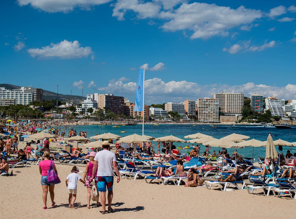 Over 380,000 British expats would be at risk in Spain