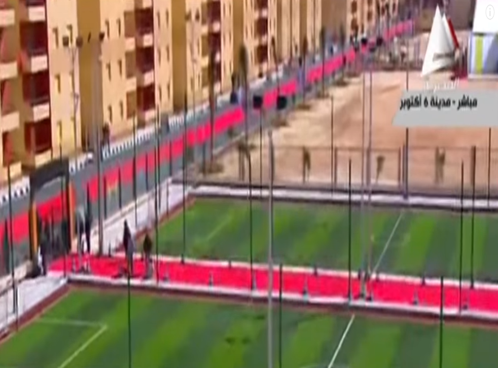 4,000m of red carpet was used for the grand opening of social housing