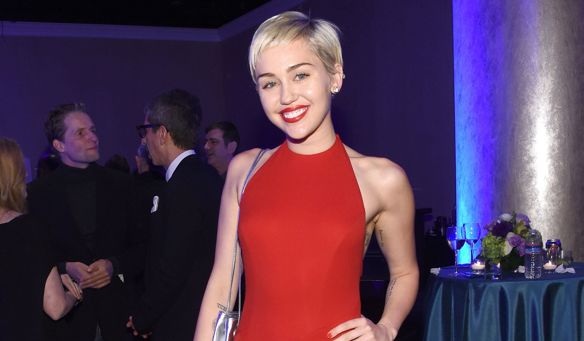 e2718db494a Miley Cyrus branded  ignorant  during Dolce   Gabbana spat