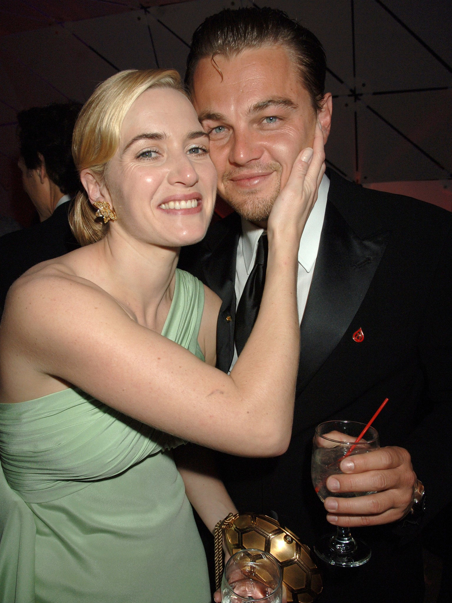 Kate winslet leonardo dicaprio age difference in dating