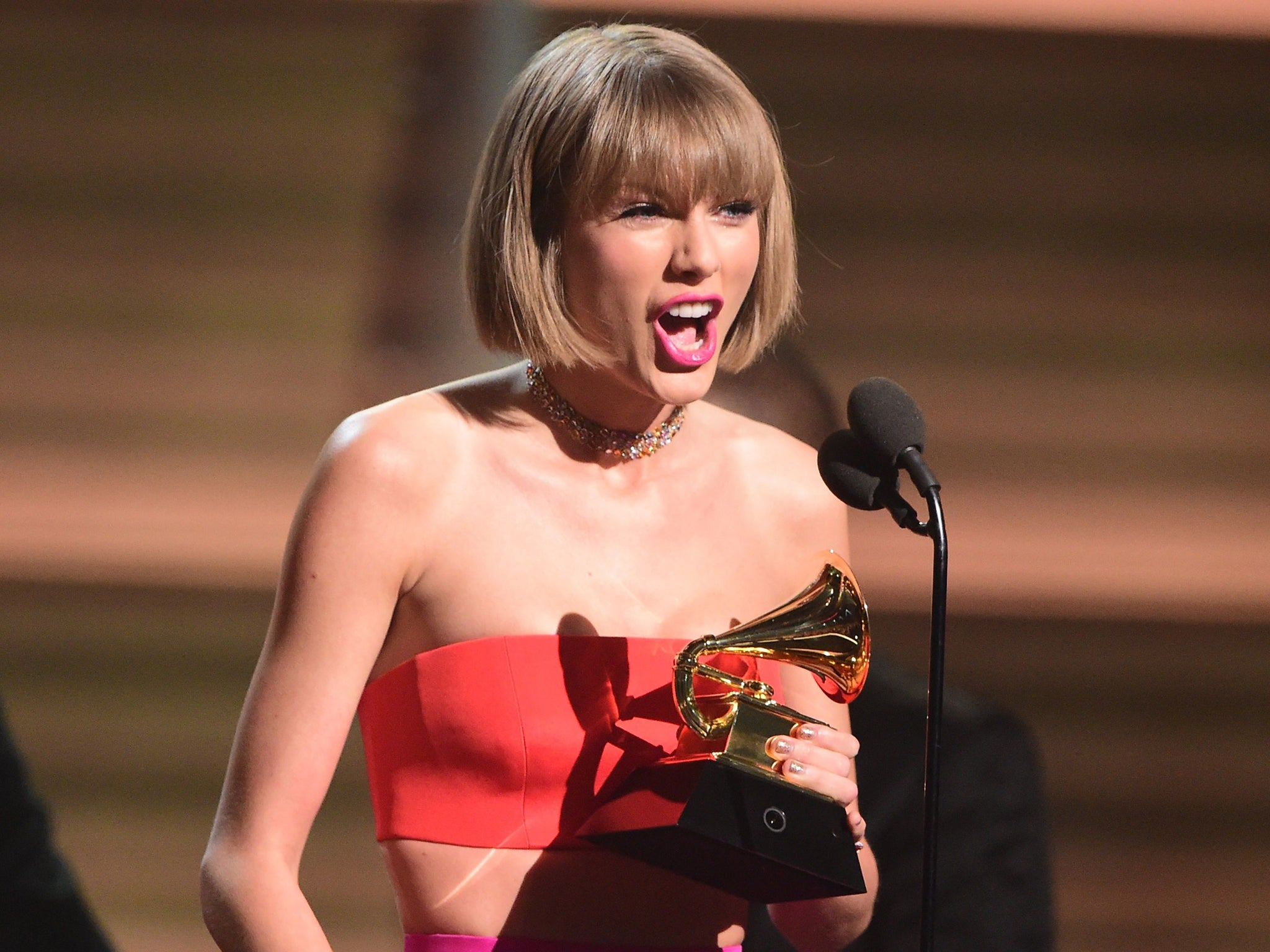 when taylor swift called out kanye west at the grammys it was one self obsessed pr genius against another the independent the independent when taylor swift called out kanye west