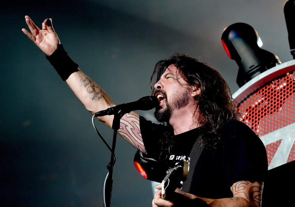 dave grohl reveals david bowie turned down foo fighters as well as