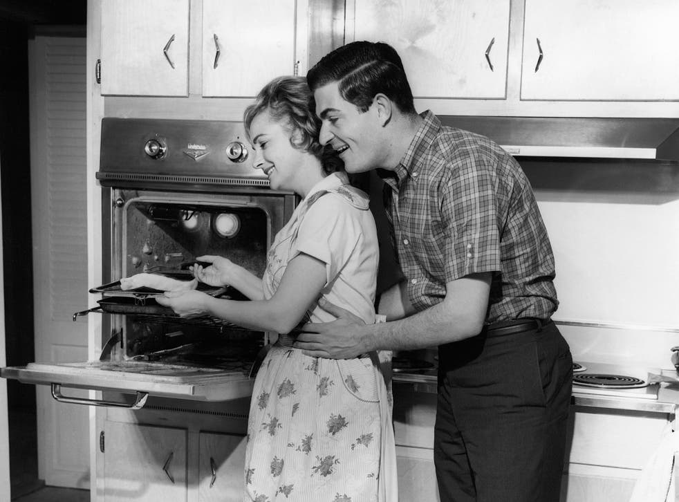 Couples who share household chores evenly have more sex