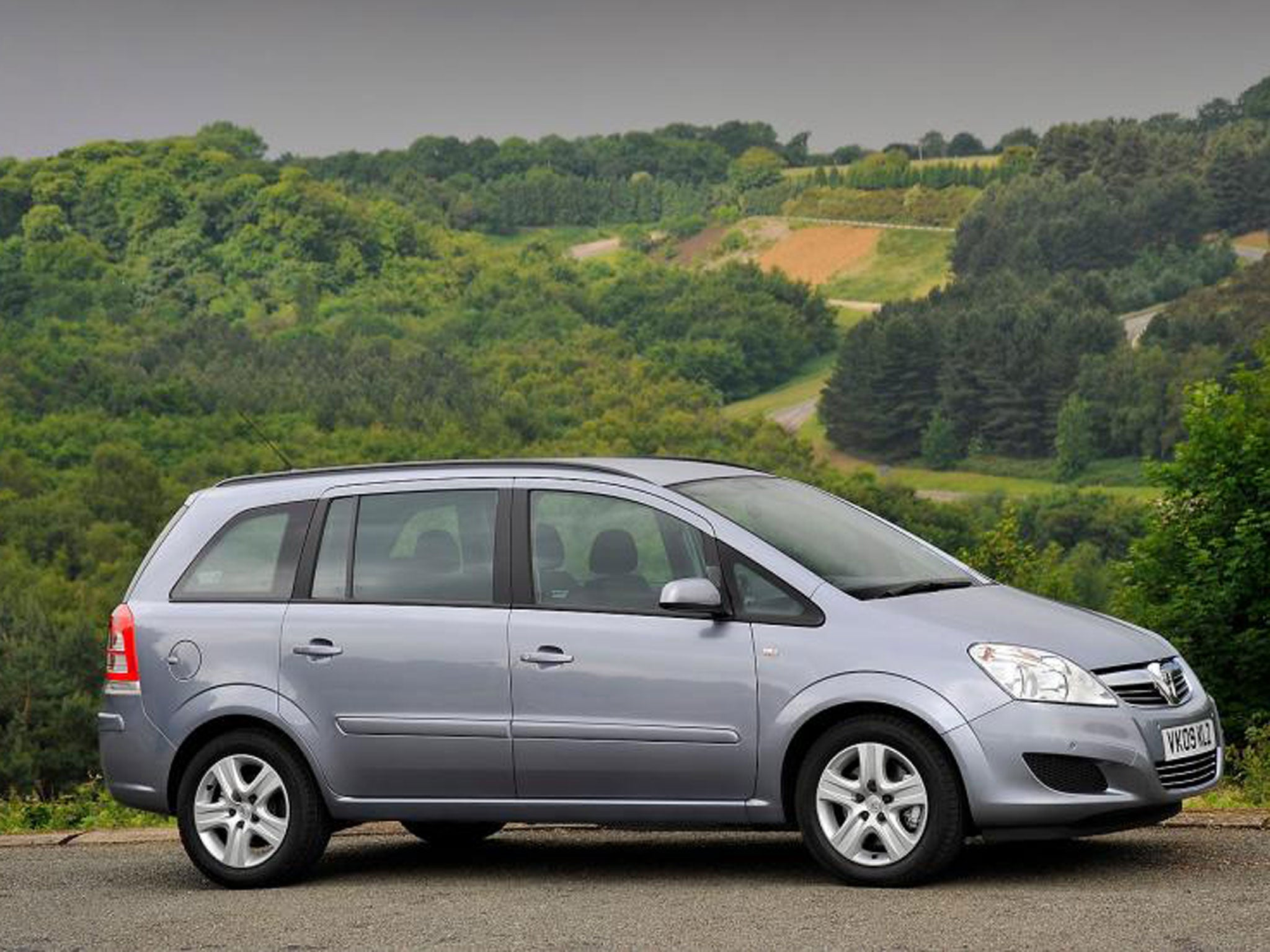Mpvs The Seven Best Buys From Volkswagen Touran To Vauxhall Zafira Boot Excellent