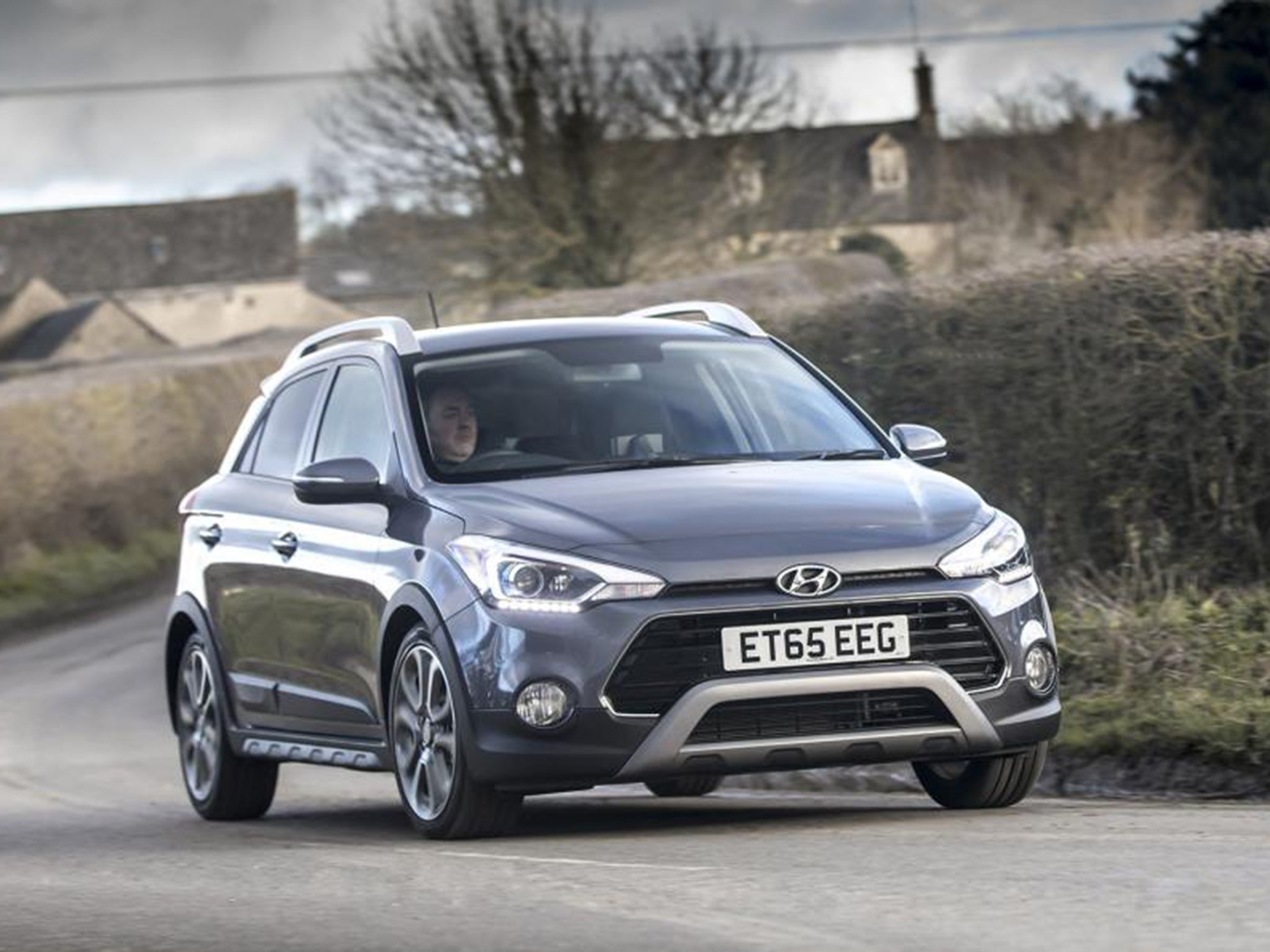 2016 hyundai i20 active 1 0 t gdi 100 car review hyundai becomes competitor for cars like the. Black Bedroom Furniture Sets. Home Design Ideas