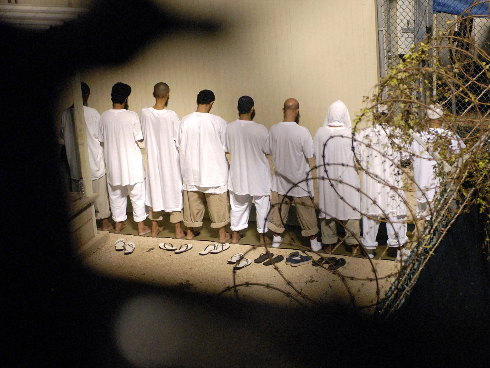 closing guantanamo bay essay Guantanamo bay - part 2 guantanamo bay (gitmo)is an essential base for the united states of america and should stay open for many reasons some people believe the base is unethical, not on american soil and costs to.