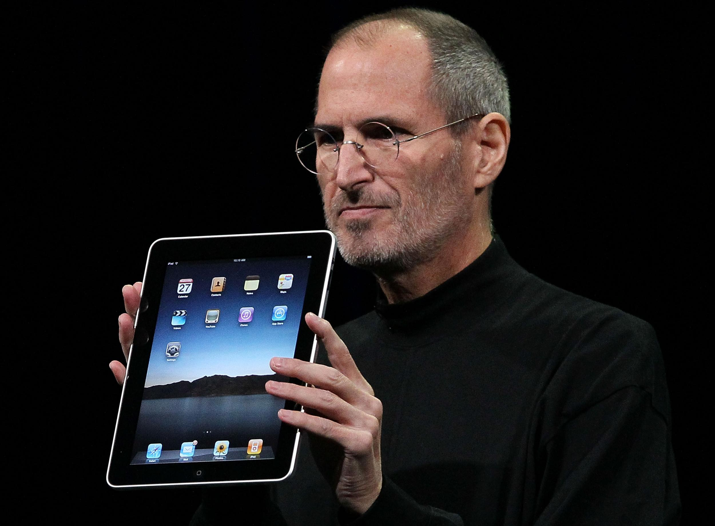 https://static.independent.co.uk/s3fs-public/thumbnails/image/2016/02/24/14/stevejobs.jpg