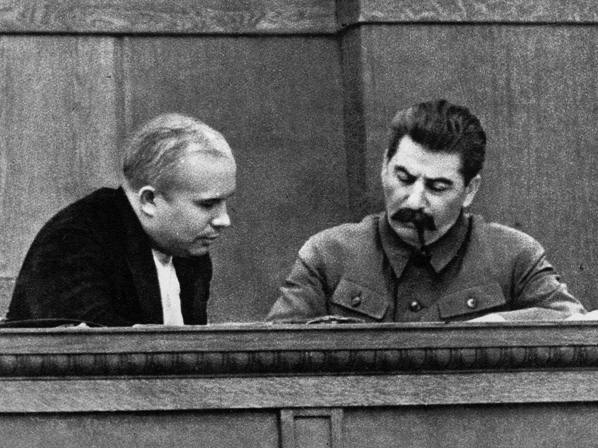 Why and when Stalin was taken out of the Mausoleum 37