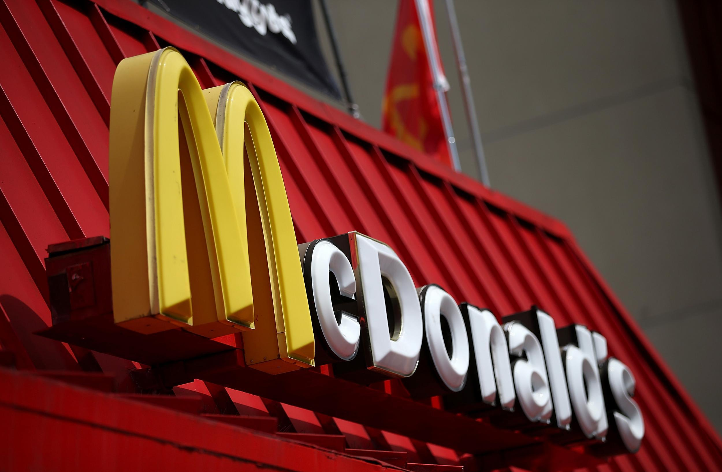 Mcdonalds Heist Thwarted By Table Full Of Elite Soldiers
