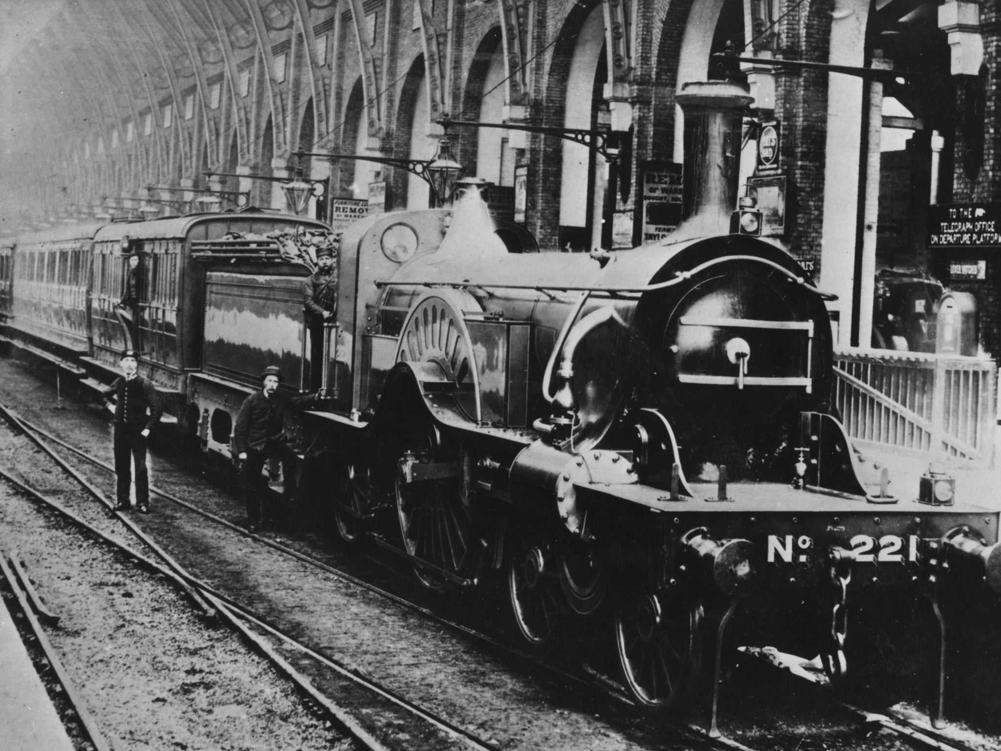The train that exposes what's wrong with Britain's absurd rail