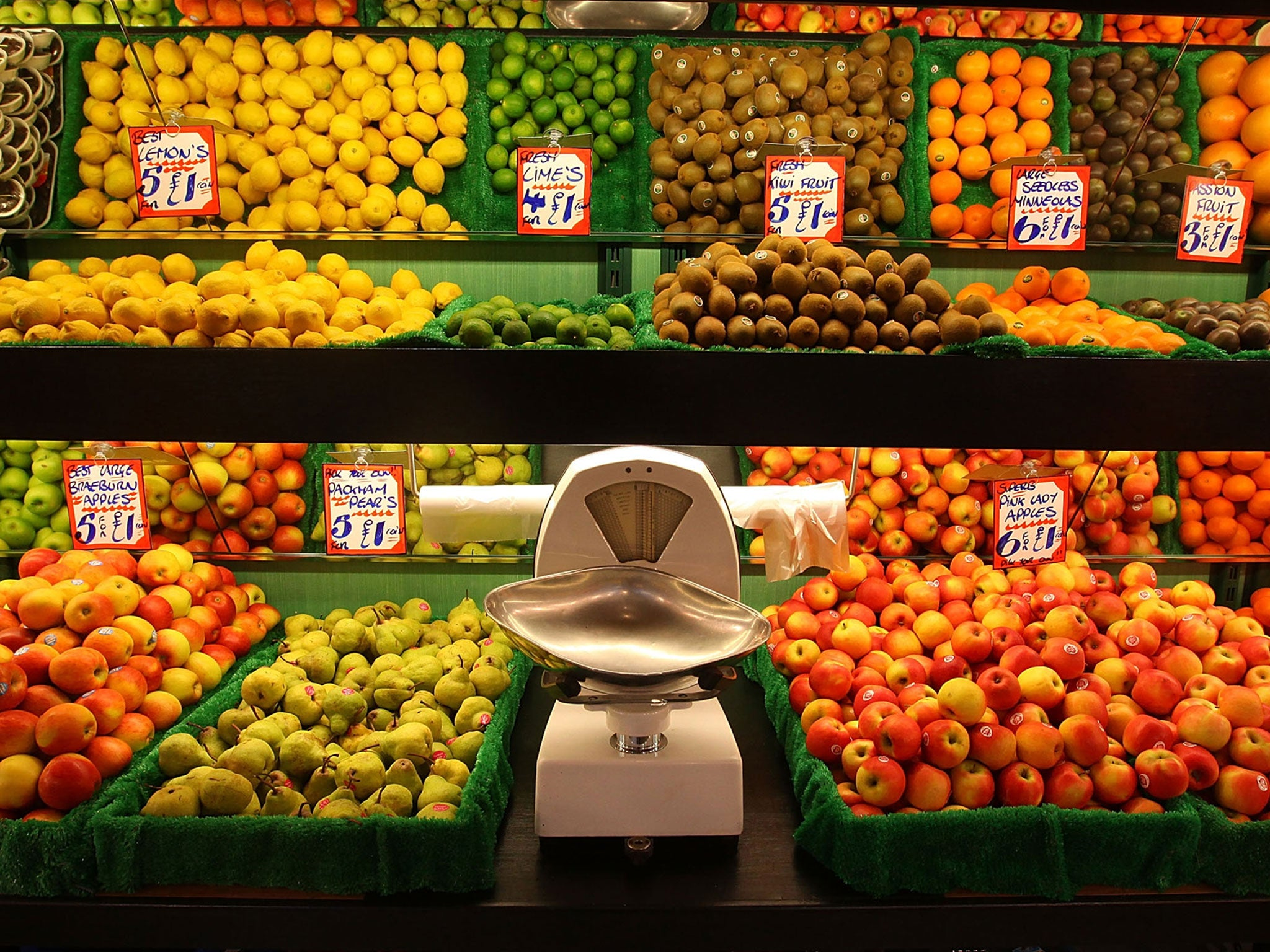lidl promises to buy more from british farmers with ethical u0027fruit
