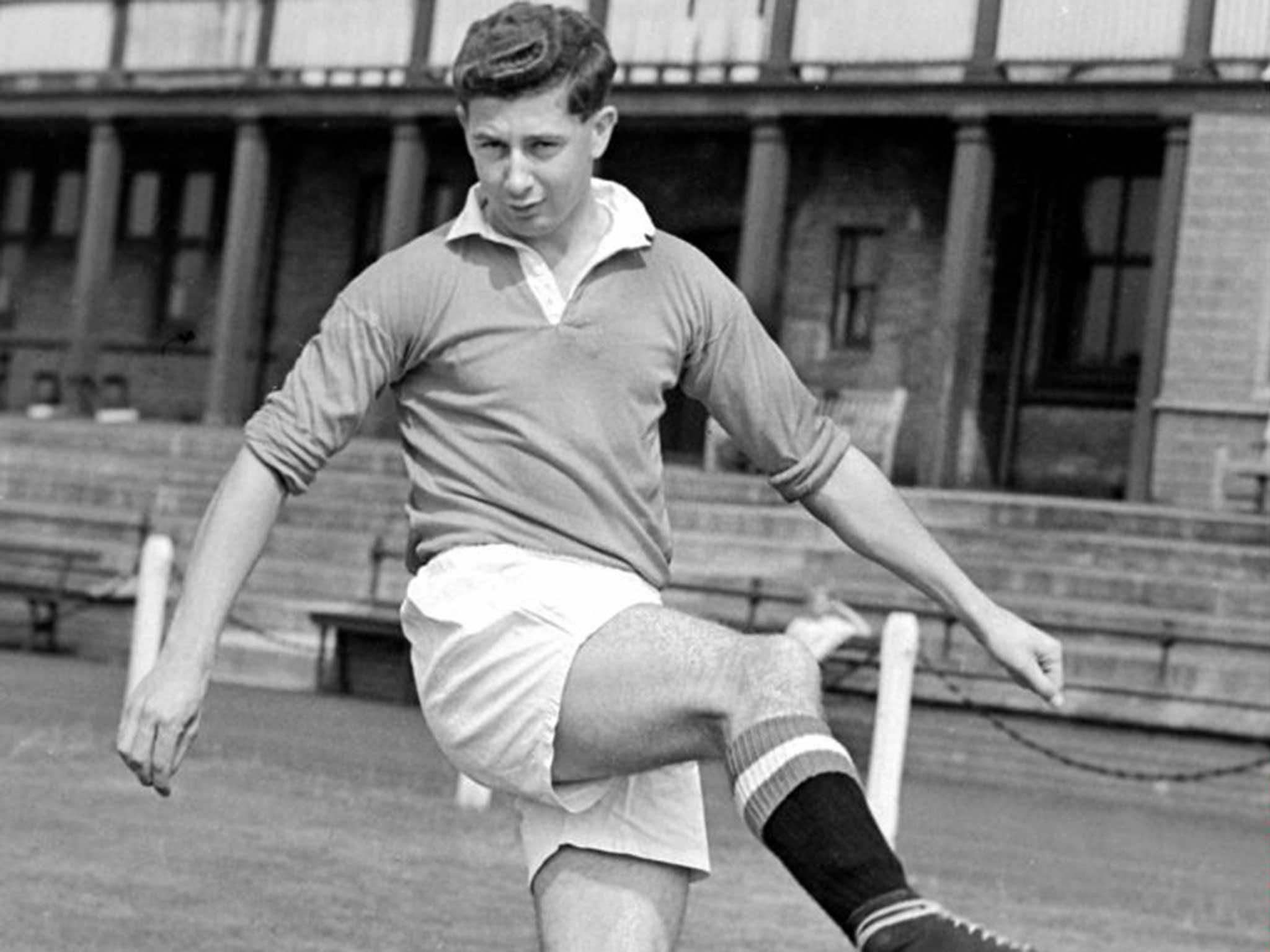 Frederick Goodwin:posed Winghalf Who Helped Matt Busby Rebuild  Manchester United After The Munich Air Disaster  The Independent