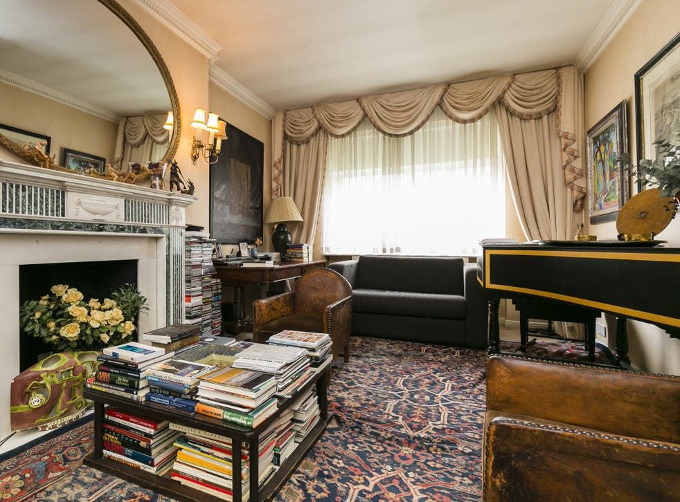 Fourth floor apartment of 651 square feet for £950,000