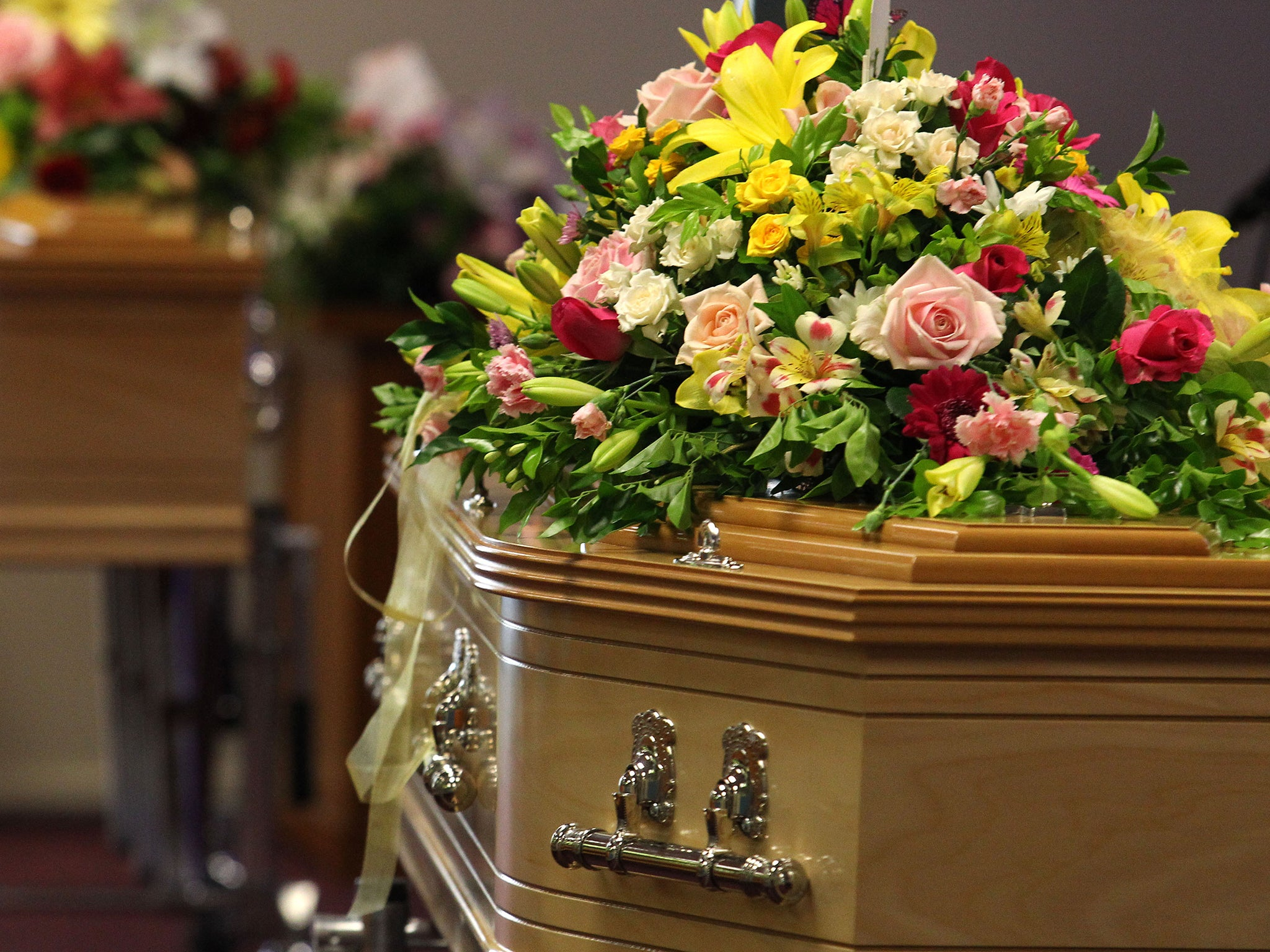 Two women arrested for brawling in front of relatives casket at two women arrested for brawling in front of relatives casket at funeral home the independent izmirmasajfo