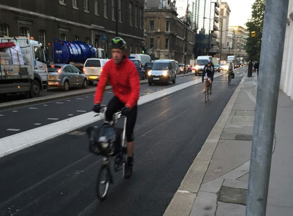 A new safe segregated lane on Thames Street in London