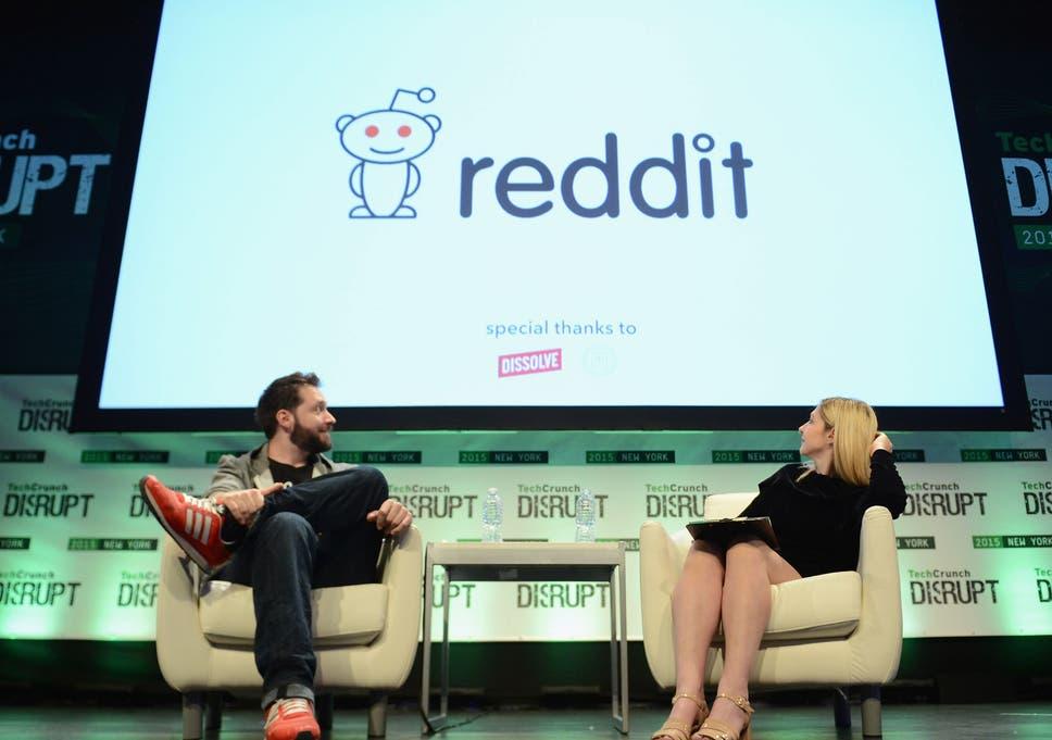Reddit 3016 imagines what Reddit will look like 1,000 years