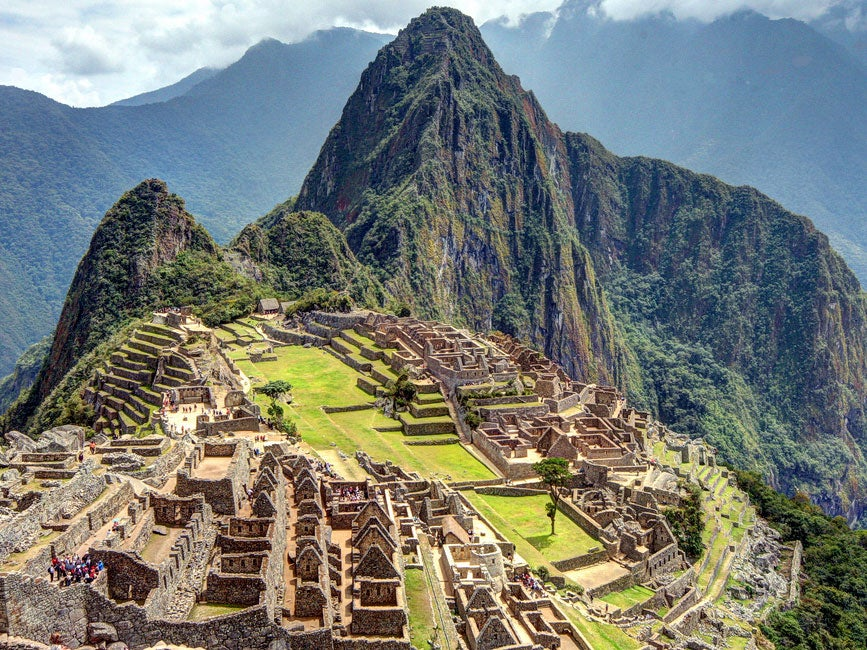 British Tourist Arrested After Stripping Naked On Perus Machu - Machu picchu tampa