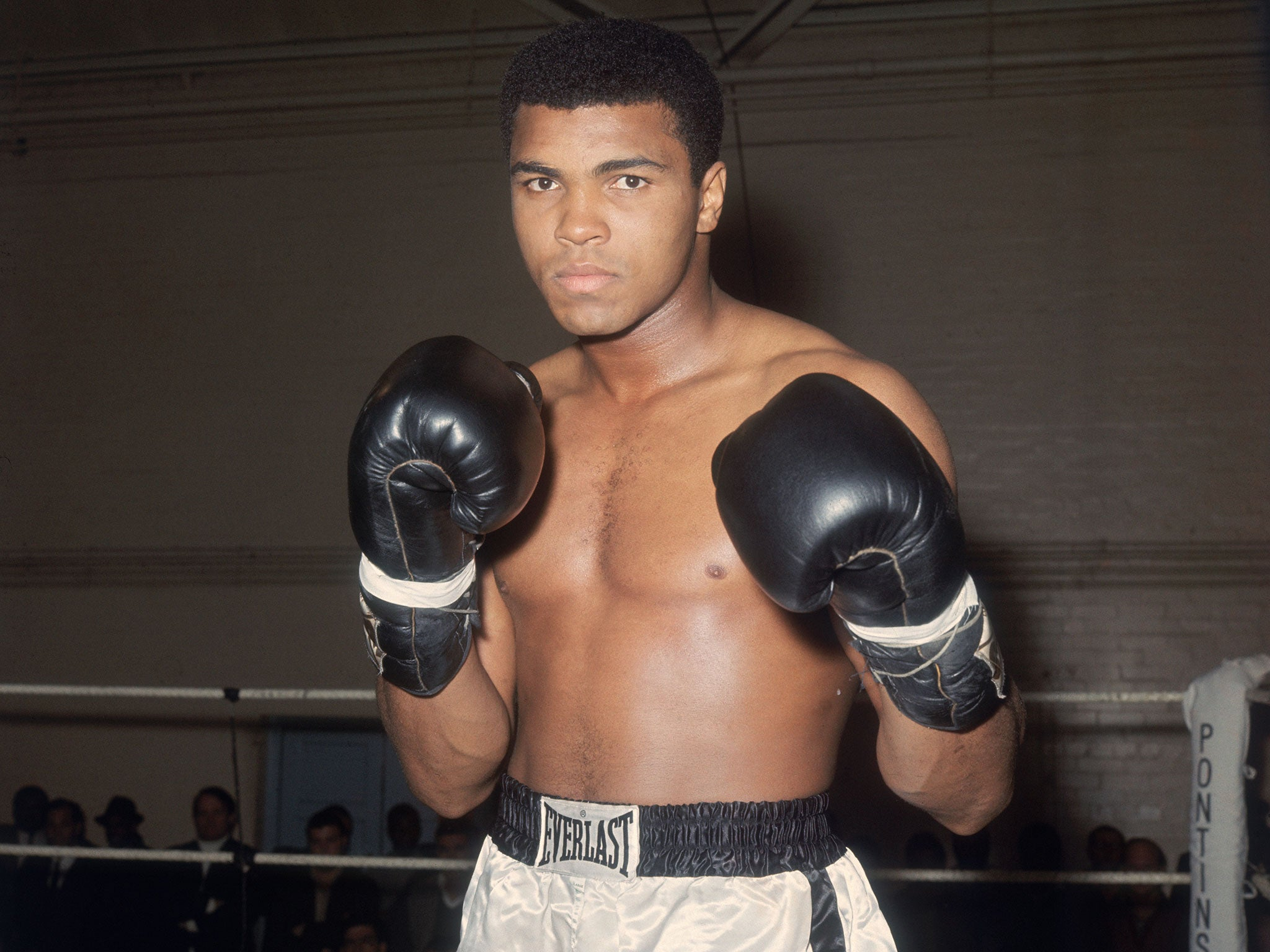 Muhammad Ali dead: 'The Greatest' who came to define an era in America and beyond | The Independent | The Independent