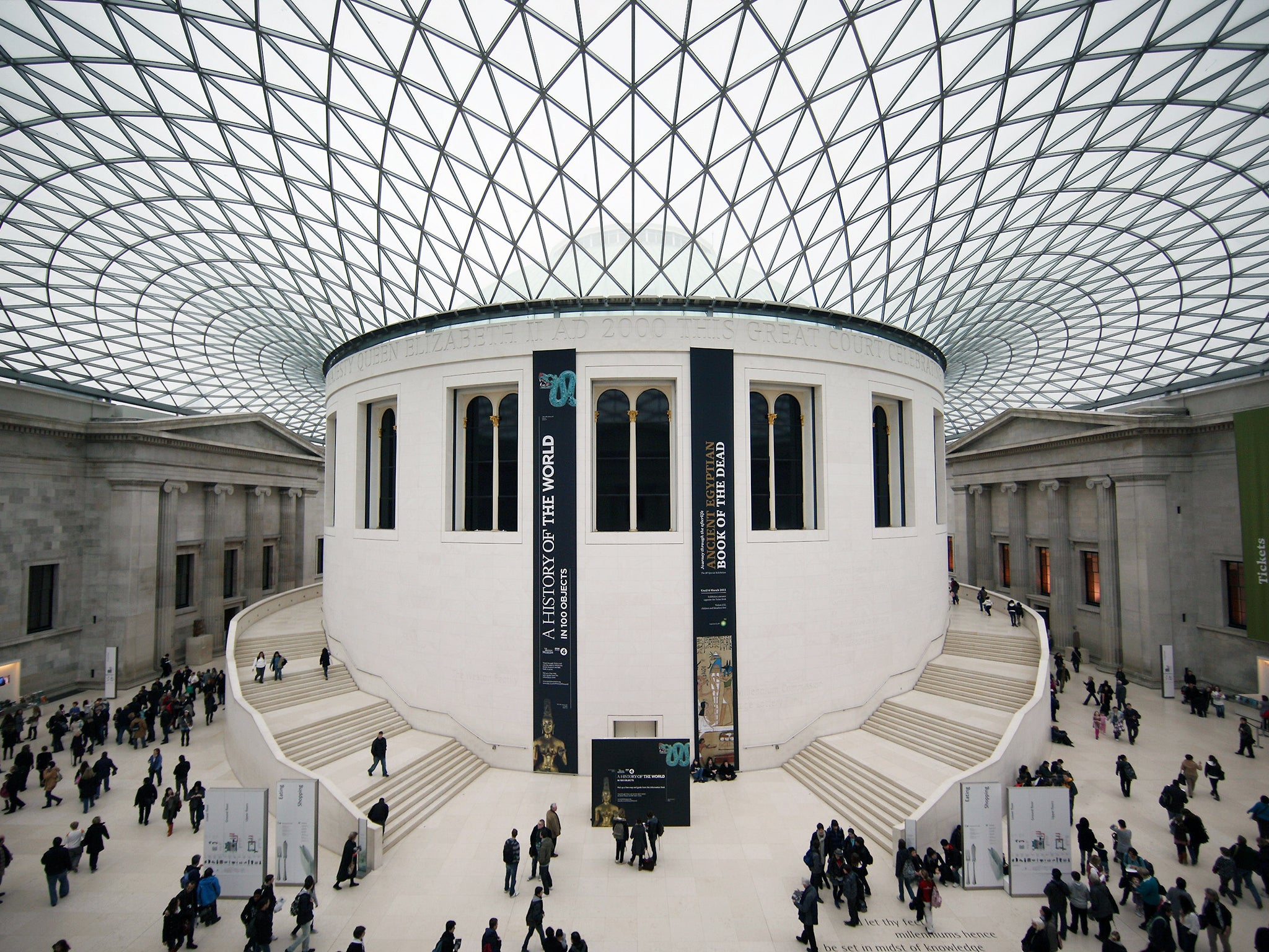 British Museum evacuated: Controlled explosion of unattended vehicle ...