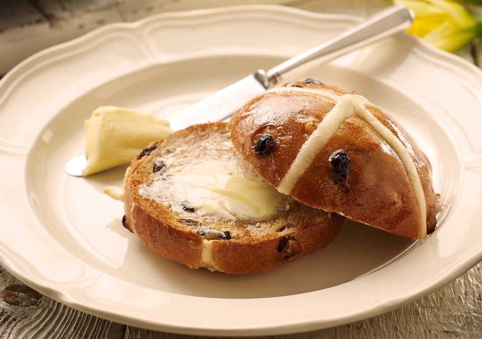 13 best hot cross buns | The Independent