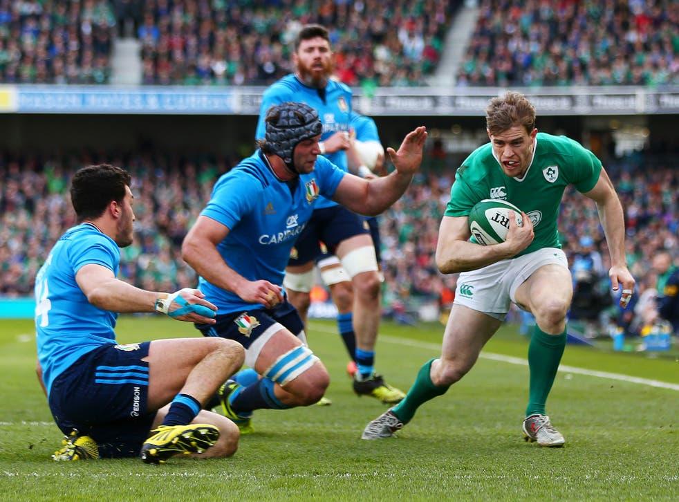 Andrew Trimble scoring Ireland's first try
