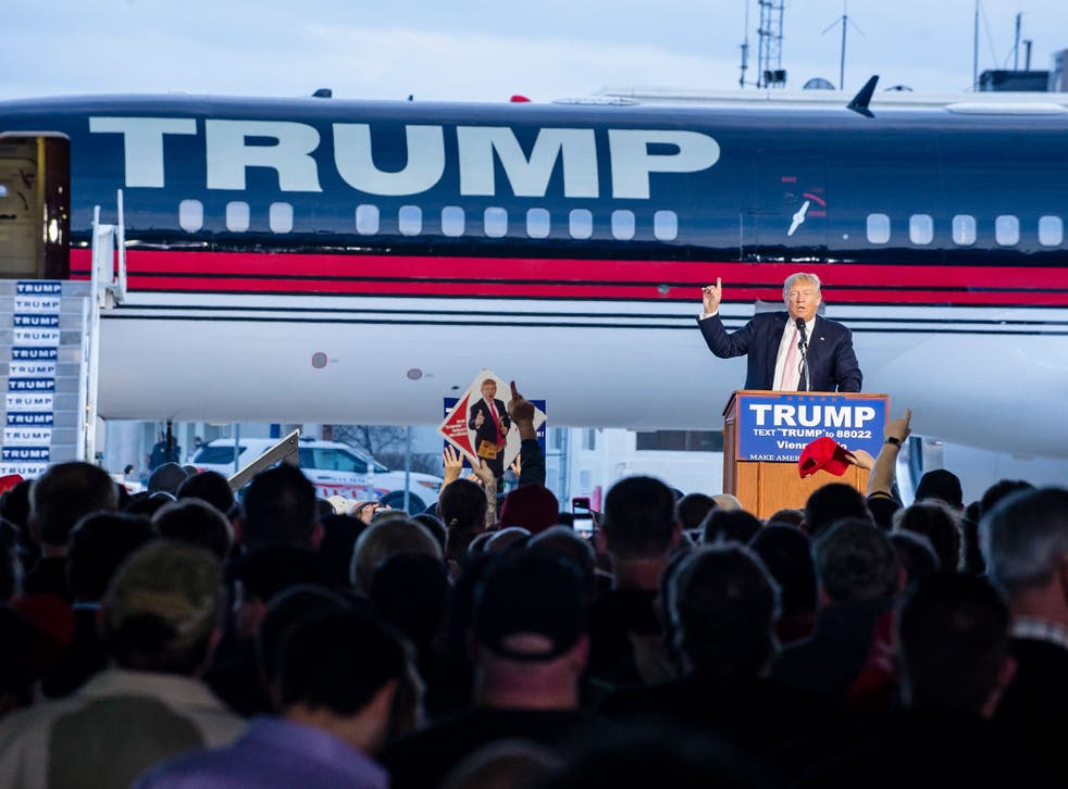 Donald Trump speaks to supporters at Youngstown Airport, Ohio