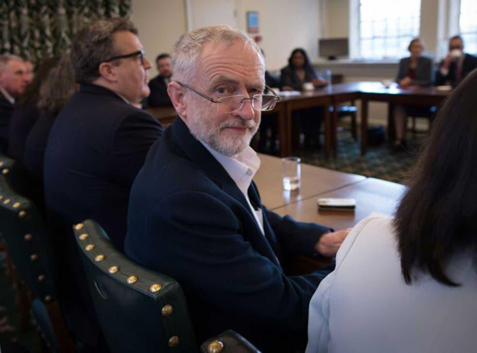 Jeremy Corbyn, cabinet meeting, January 2016