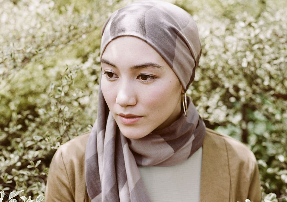 2706b23eed86f Fashion retailers target Muslim women with hijab lines after Uniqlo launch