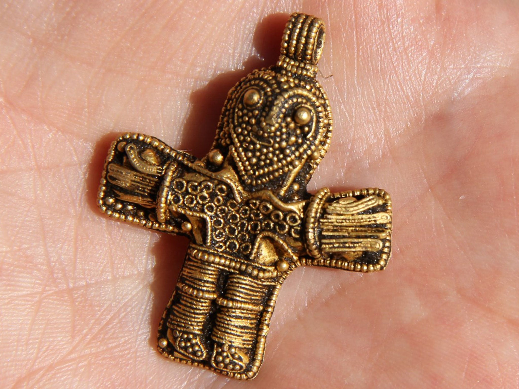 Amateur Metal Detector Finds Crucifix That May Change The
