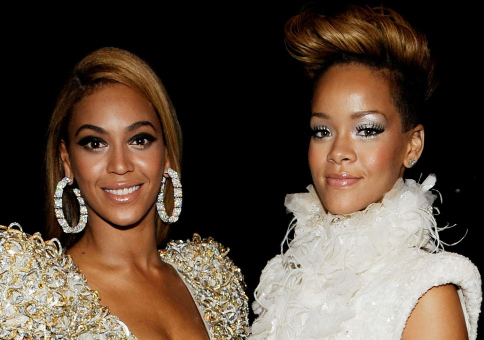 Rihanna answers rumours of rivalry with Beyonce: 'I can only do me