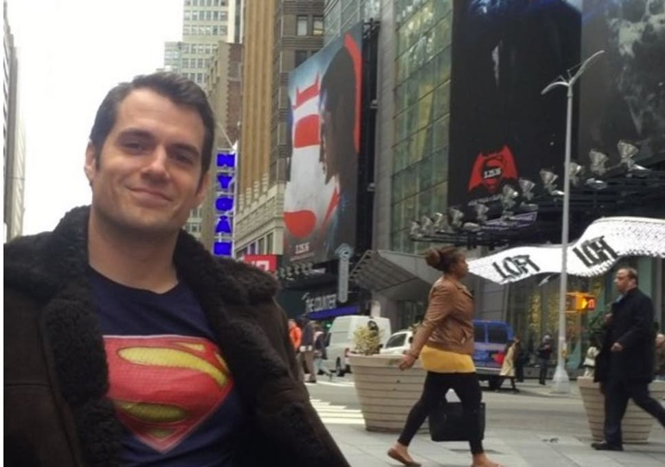 Batman V Superman Henry Cavill Proved That Clark Kents Disguise