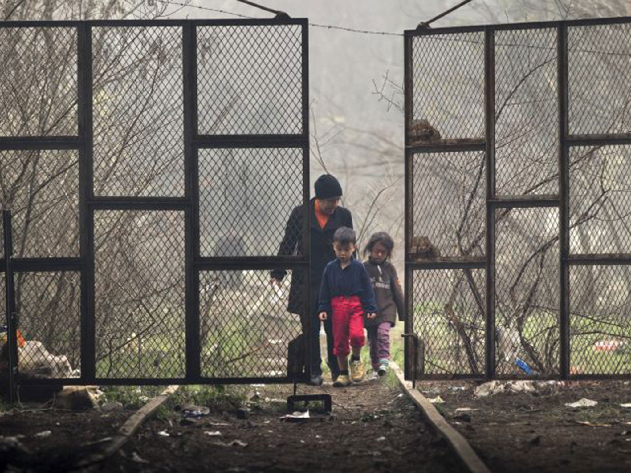 Greek refugee camp is 'as bad as a Nazi concentration camp', says minister