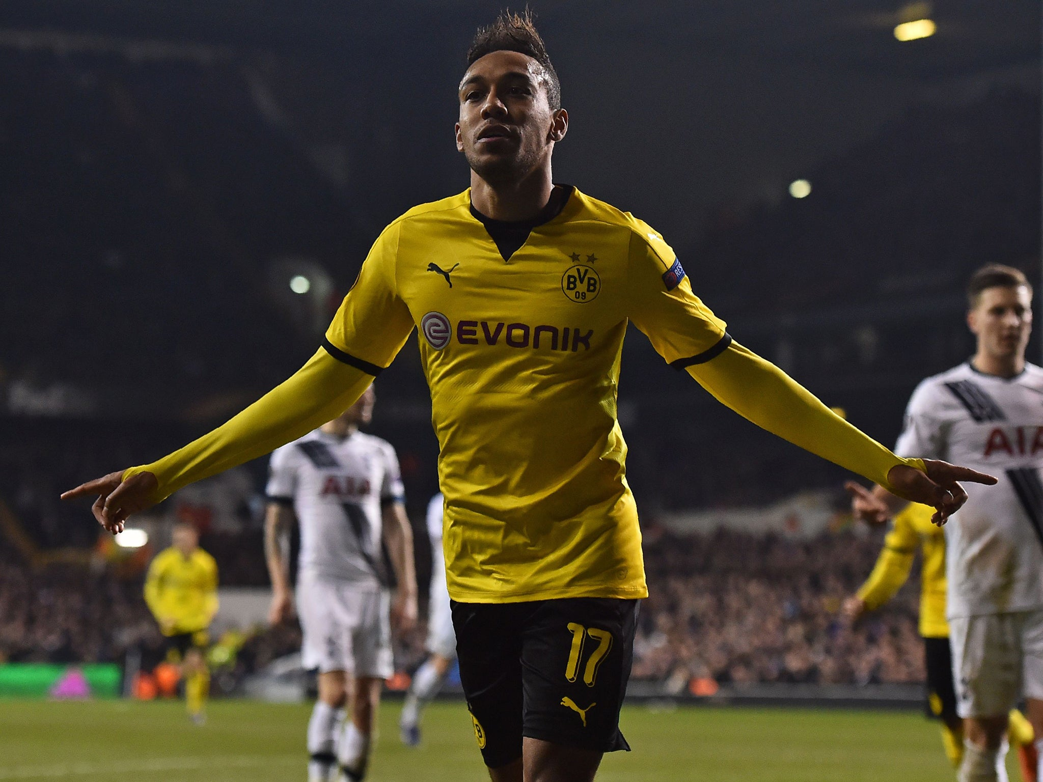 pierre emerick aubameyang to arsenal borussia dortmund striker denies it is a 39 dream 39 to play. Black Bedroom Furniture Sets. Home Design Ideas