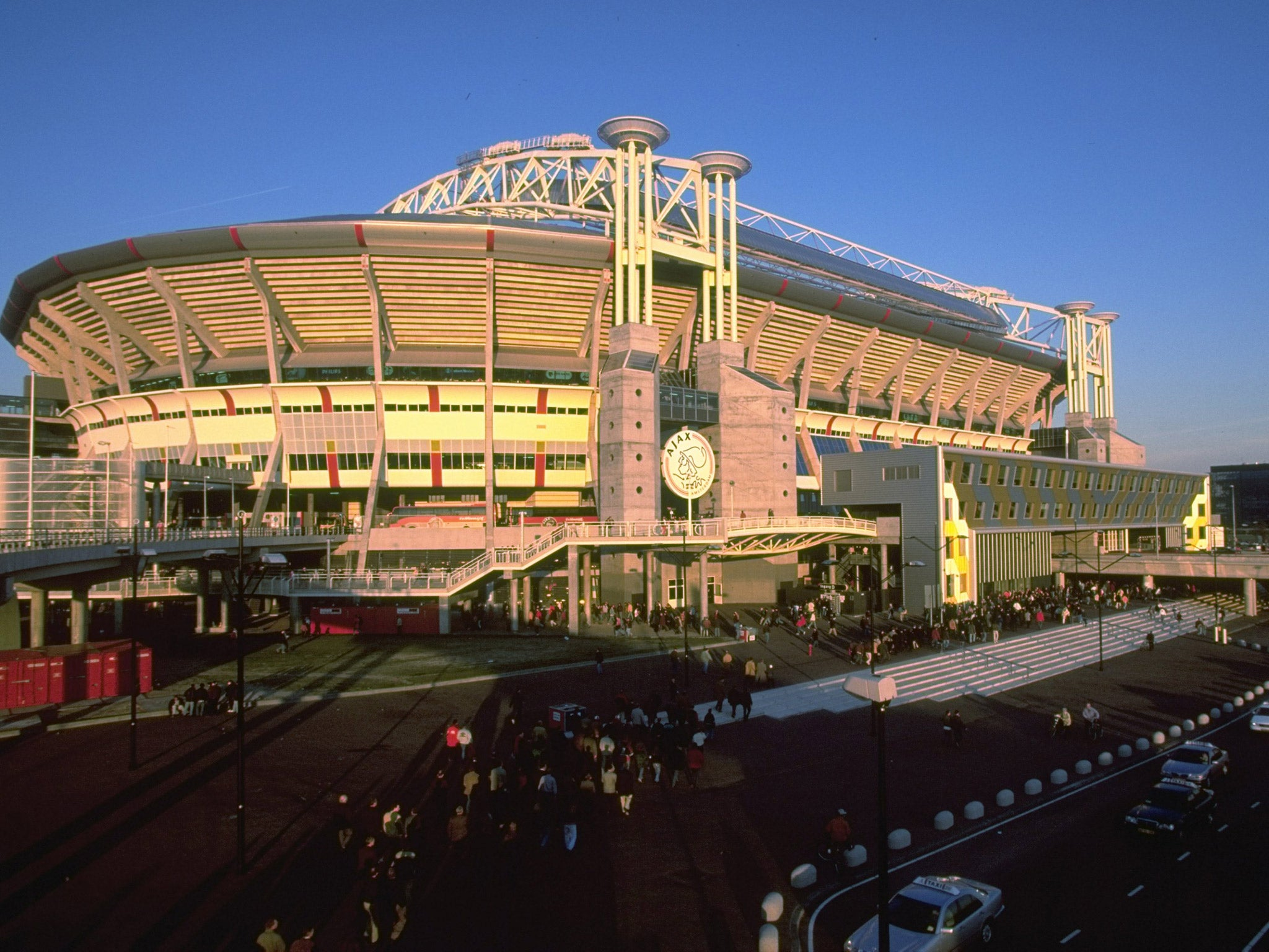 Johan cruyff dutch fa to rename the amsterdam arena after for Arena amsterdam