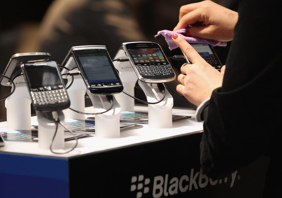 BlackBerry announces it will make no more new phones | The