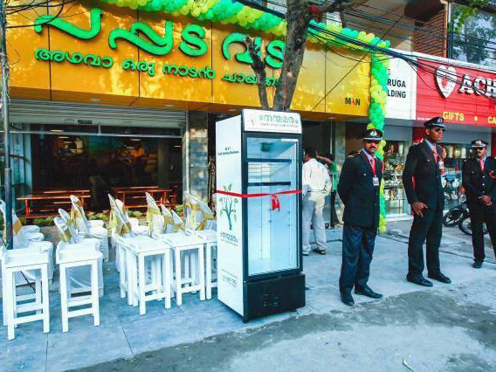 Restaurant owner installs fridge outside to feed the homeless