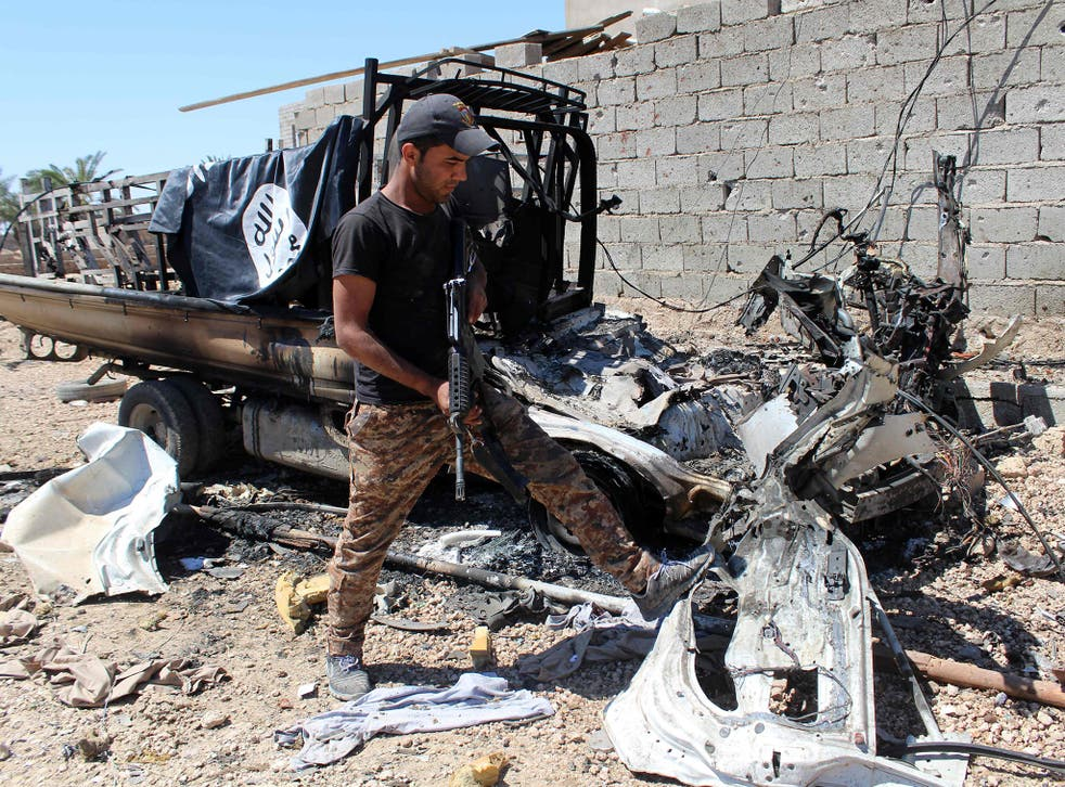 Isis has suffered a growing number of setbacks in recent weeks in Iraq and Syria