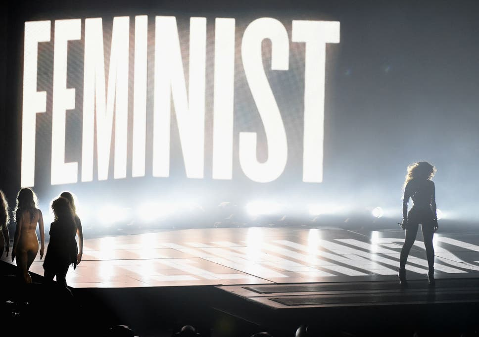 Beyonc Explains Why She Performed In Front Of The Word Feminist