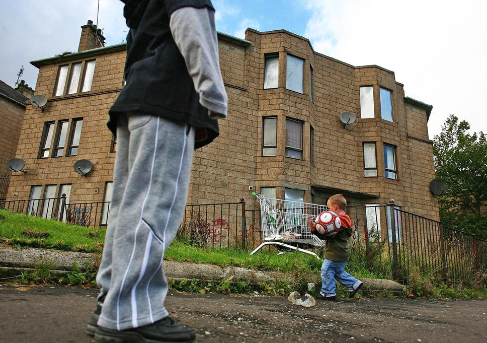 Fifth Of Uk Population Now In Poverty Amid Worst Decline For