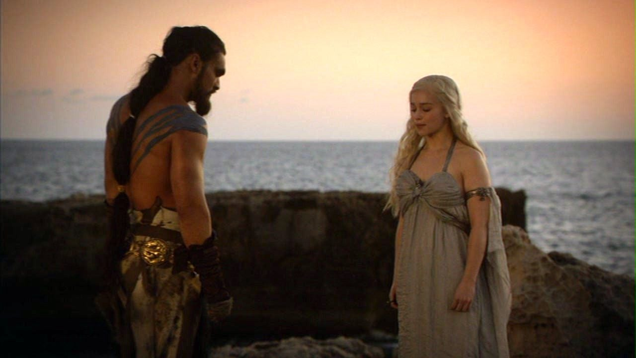 Daenerys targaryen and khal drogo wallpaper daenerys targaryen wedding - Game Of Thrones Season 6 Emilia Clarke Reveals Why Daenerys Rape Matters To The Story The Independent