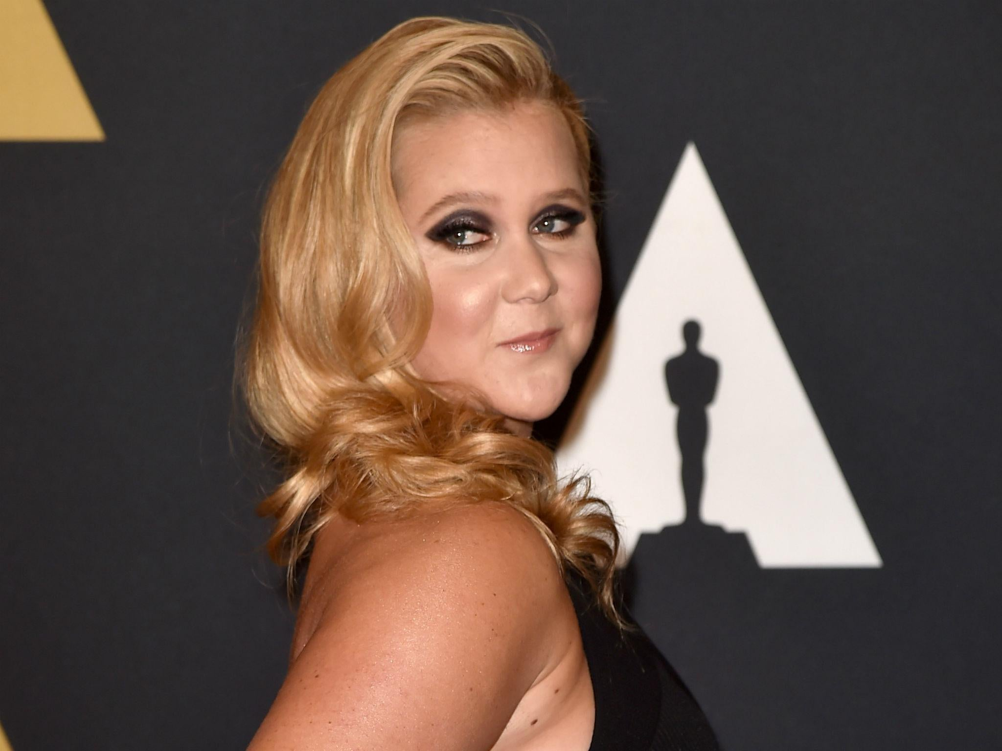 Amy Schumer Sex Video amy schumer says she'll only take photos with 'nice' fans