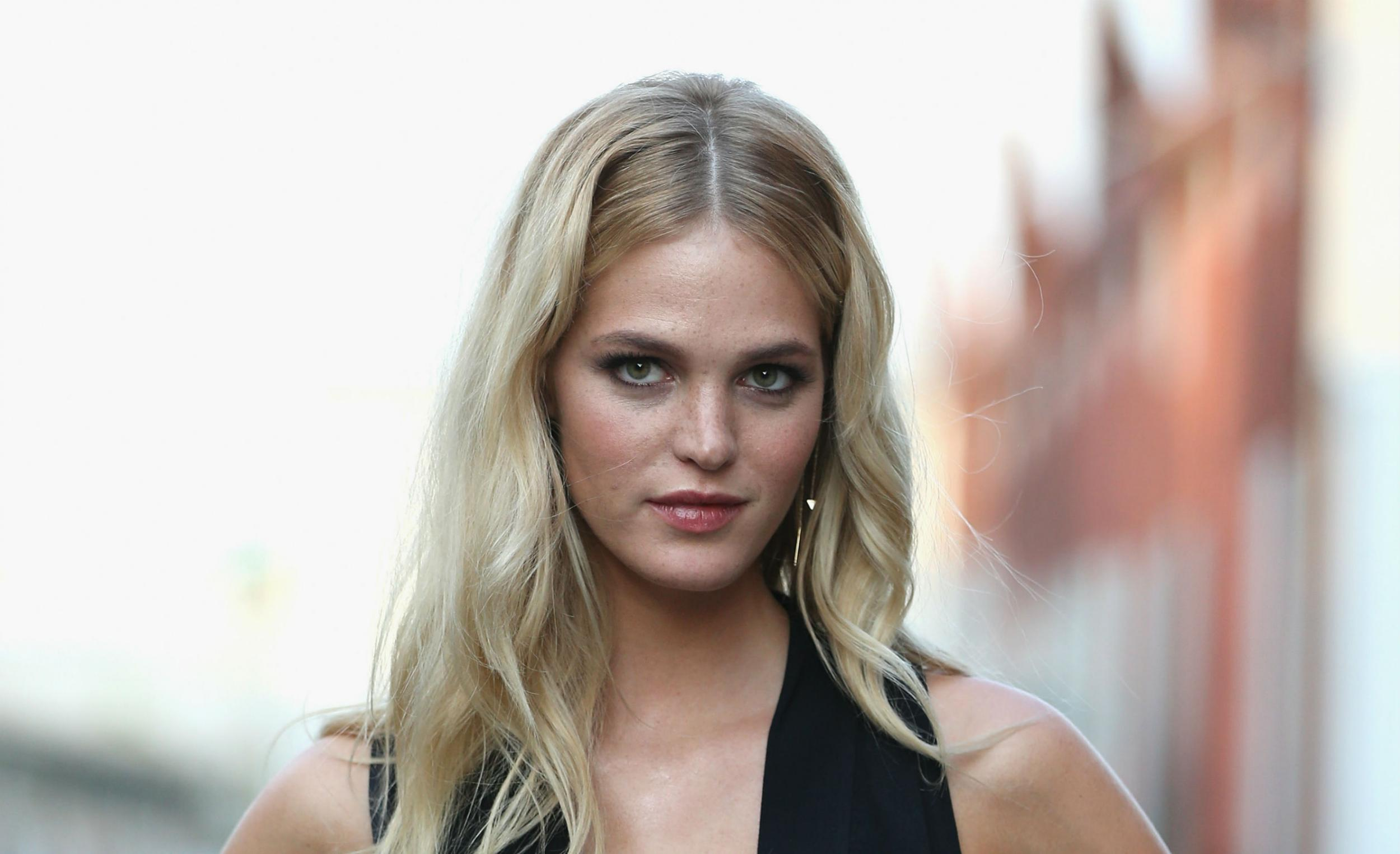 Watch Erin Heatherton video