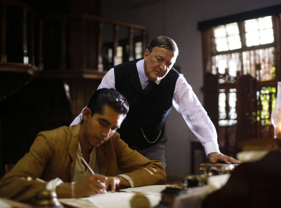 Dev Patel and Stephen Fry in The Man Who Knew Infinity