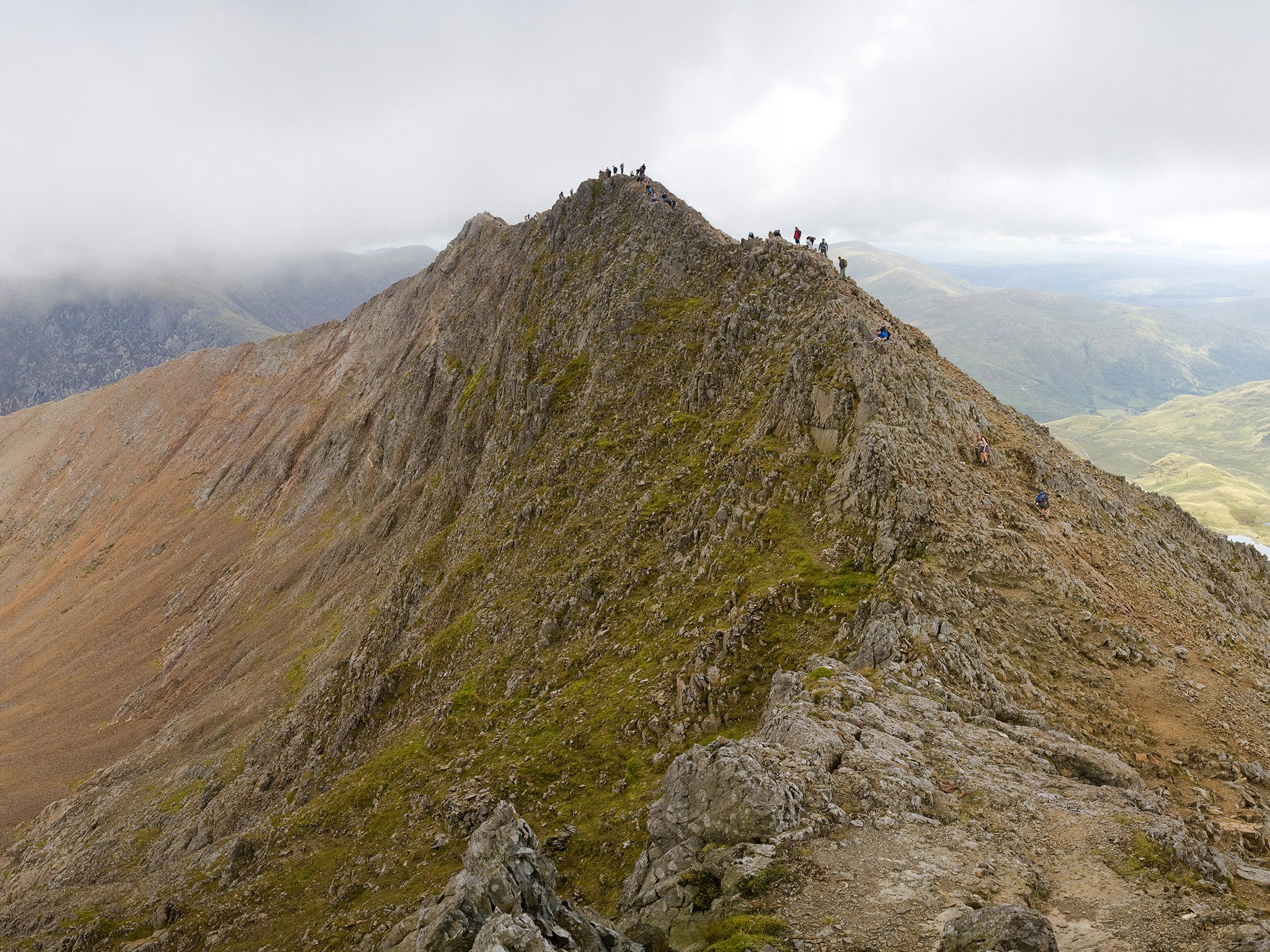 climber dies in snowdonia after fall from crib goch ridge the independent. Black Bedroom Furniture Sets. Home Design Ideas