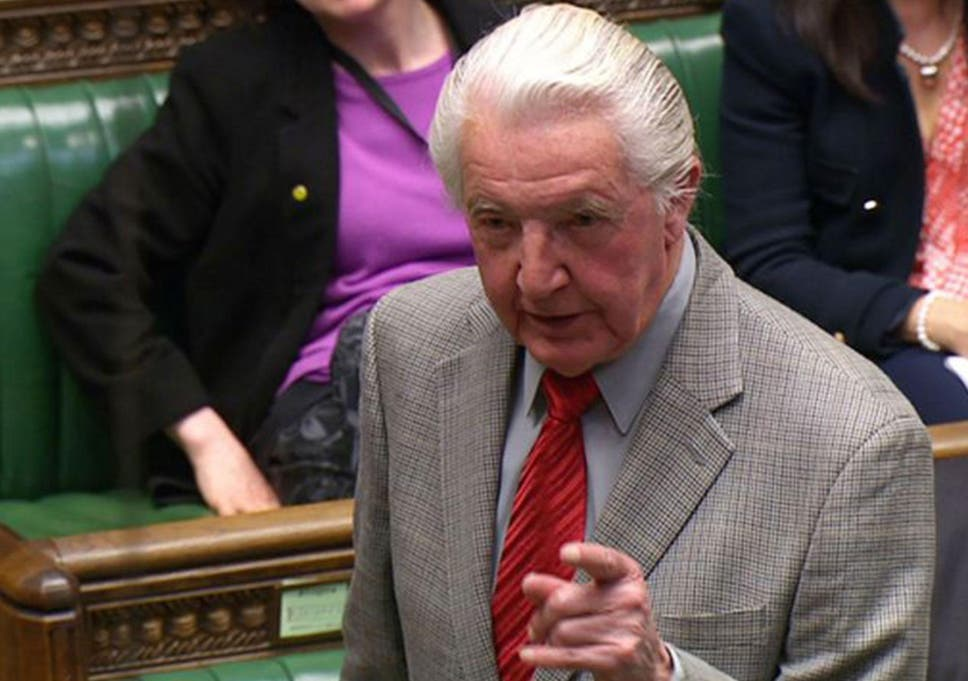 Dennis Skinner Visits Care Homes To Sing To Patients With