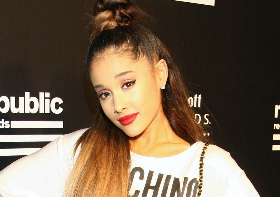 Ariana Grande Responds To Fan Who Posted Sexist Comment On Facebook