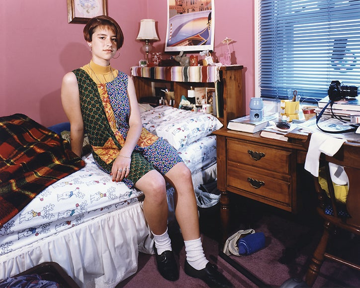 Photos of teenage bedrooms in the 90s the independent for Style o bedroom sax