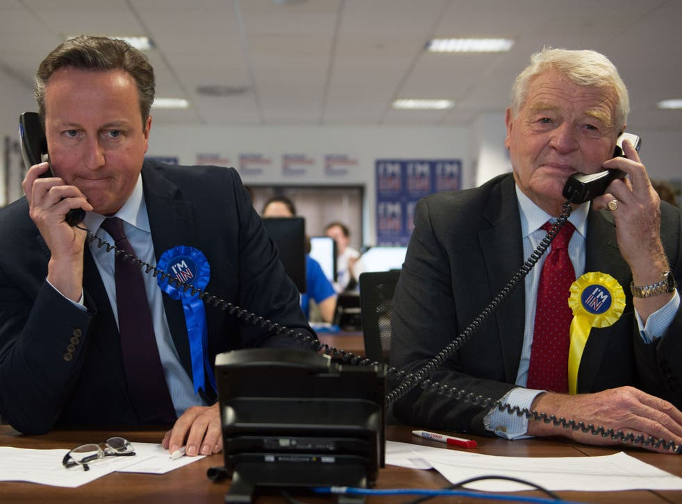 Prime Minister David Cameron helps to campaign for a 'Remain' vote in the forthcoming EU referendum at a phone centre in London along with fellow pro EU campaigners, Lord Ashdown