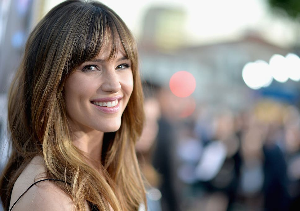 jennifer garner comes up with interesting response to being followed