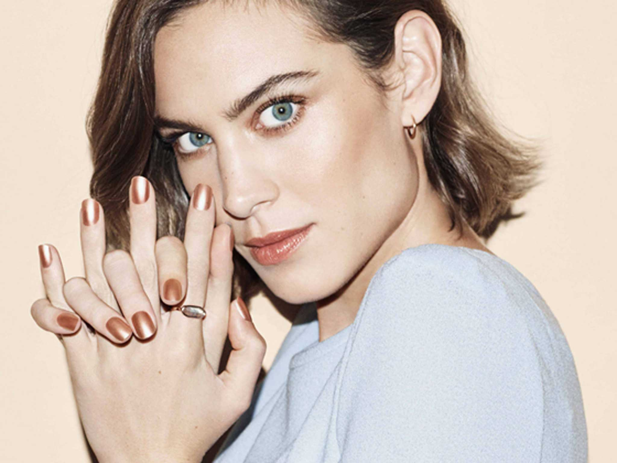 9 best nail polishes for spring/summer
